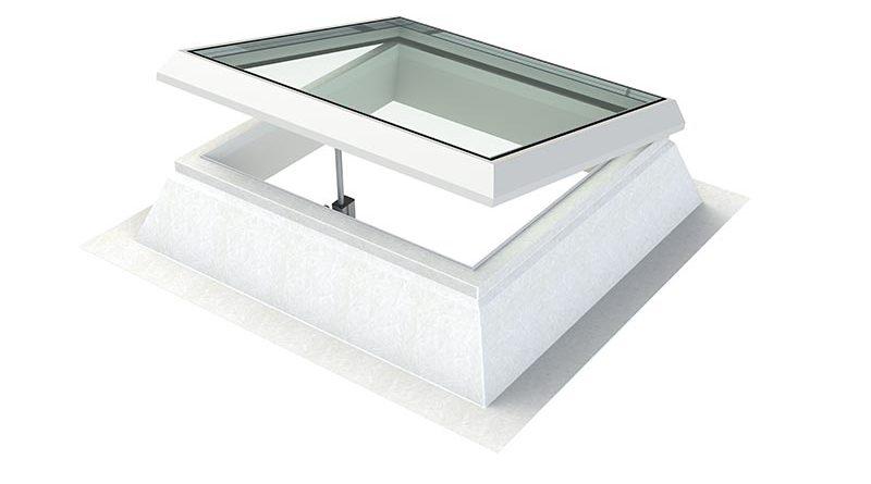 Mehr als ein Flachdachfenster: Stella von Indu Light ist ein individuell konfigurierbares Programm für gutes Licht und frische Luft im Innenraum. Foto: Indu Light